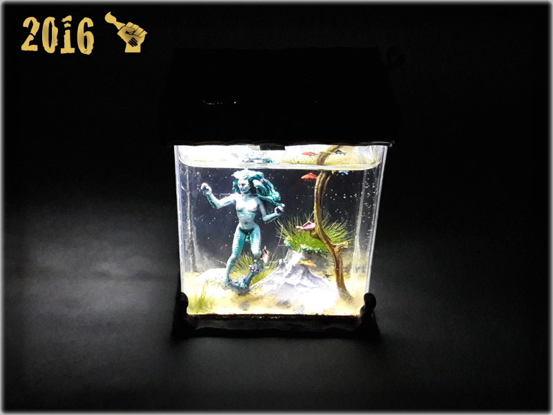 scarhandpainting-tabletop-world-murmaid-aquarium-5