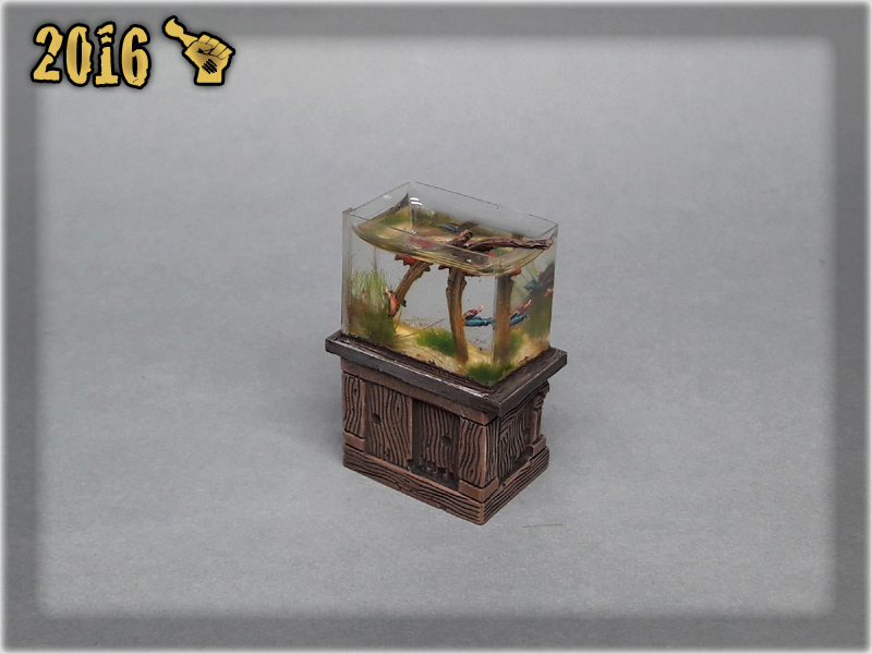 scarhandpainting-tabletop-world-murmaid-fish-aquarium-2