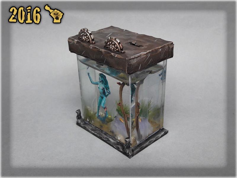 scarhandpainting-tabletop-world-murmaid-aquarium-2