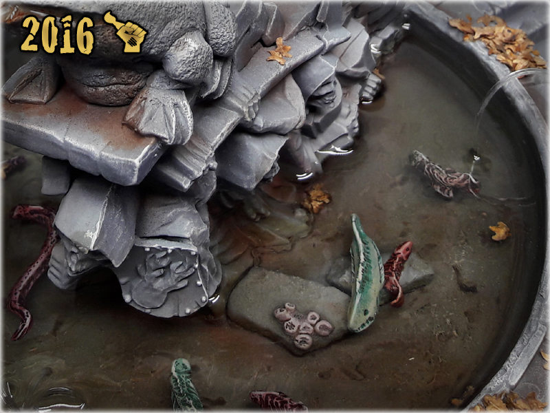 scarhandpainting-mordheim-gaming-table-frog-fountain-closeup-6